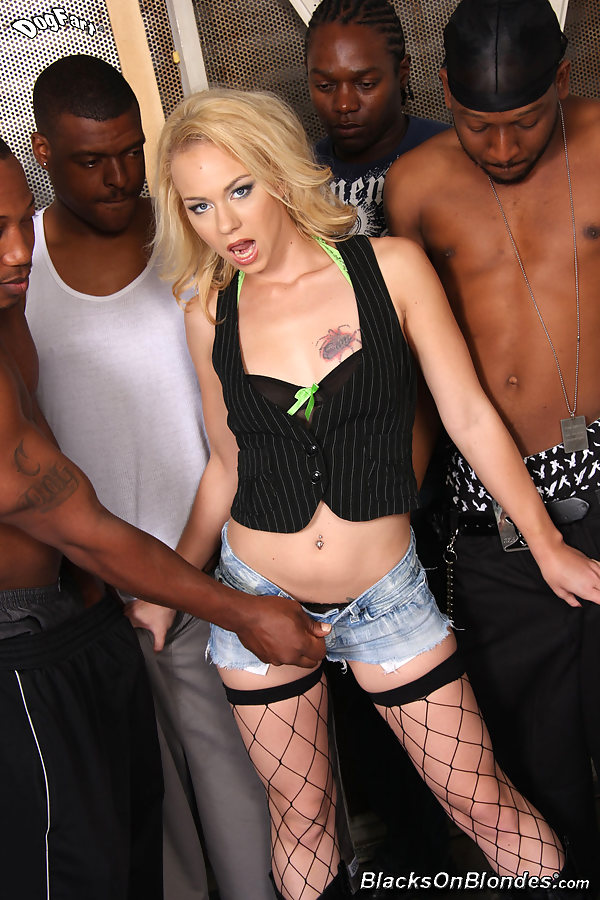 Eyes melanie jayne in blacks on blondes that looks